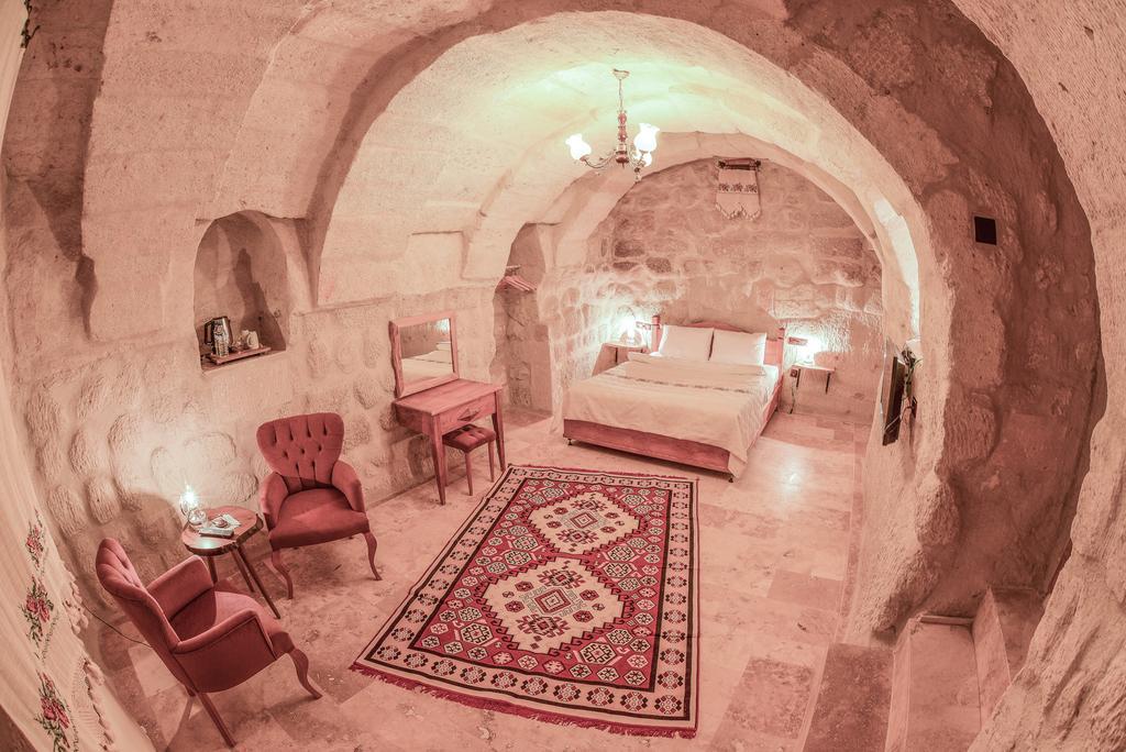 Hotéis Inusitados pelo Mundo: Hotel dentro da caverna – Turquia